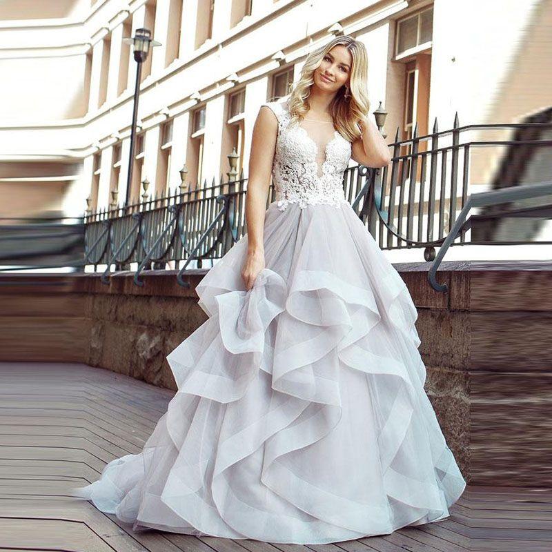 멋진 계단식 프릴 웨딩 드레스 신부 가운 보석 목 레이스 아플리케 계층 스커트 얇은 명주 그물 가운 드 mariee