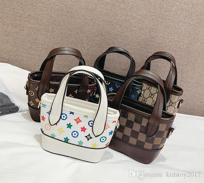 Handtaschen Kinder PU-Druck Baby Mini Geldbörse Umhängetaschen Teenager Kinder Mädchen Messenger Bags Chain Bag Nette Weihnachtsgeschenke