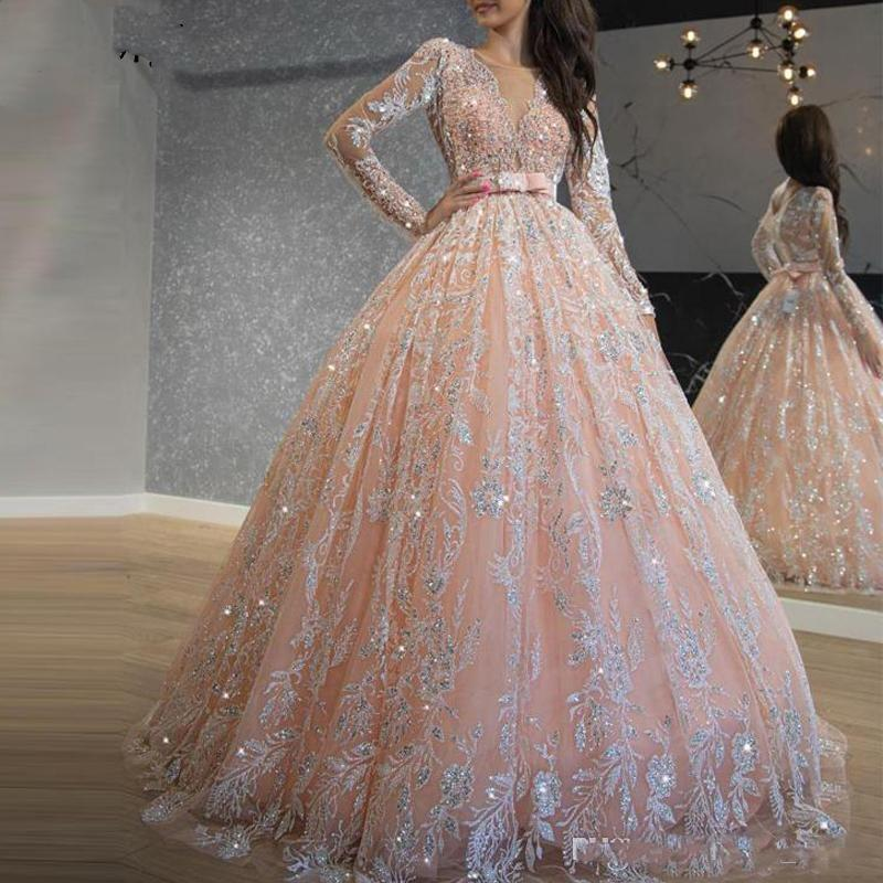 2020 반짝 반짝 빛나는 핑크 Quinceanera 드레스 장식 스팽글 레이스 공 가운 댄스 파티 드레스 보석 목 긴 소매 달콤한 16 드레스 긴 정장 저녁 착용