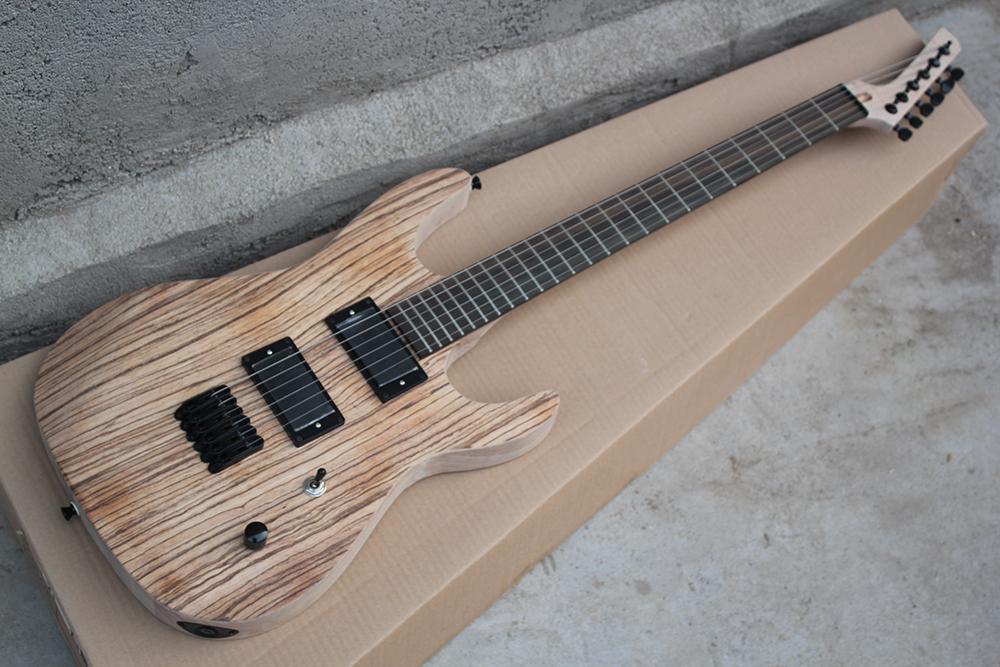 Legno naturale personalizzata in fabbrica di colore a 6 corde della chitarra elettrica con Matte Elm corpo in legno, nero fissaggi, String-attraverso-corpo, un'offerta personalizzata