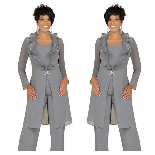 2019 Gris plateado Vestidos de madre de la novia Trajes de pantalón con chaqueta larga Escote único Un botón Pantalones de túnica Trajes de noche