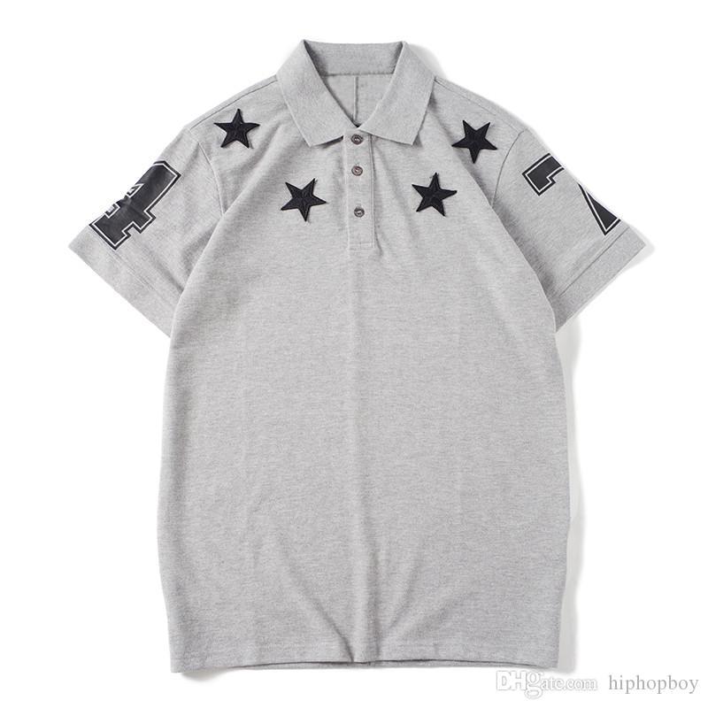 camicia Famoso Mens Stylist Polo Uomo Donna Polo T modo di alta qualità del Mens di estate Stylist Tees Nero Grigio Bianco