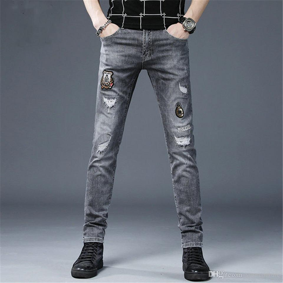 Vaqueros para hombre agujero Distrress Jeans famosa larga de los hombres Straight Fit Jeans Denim casual para hombre pantalones de diseño