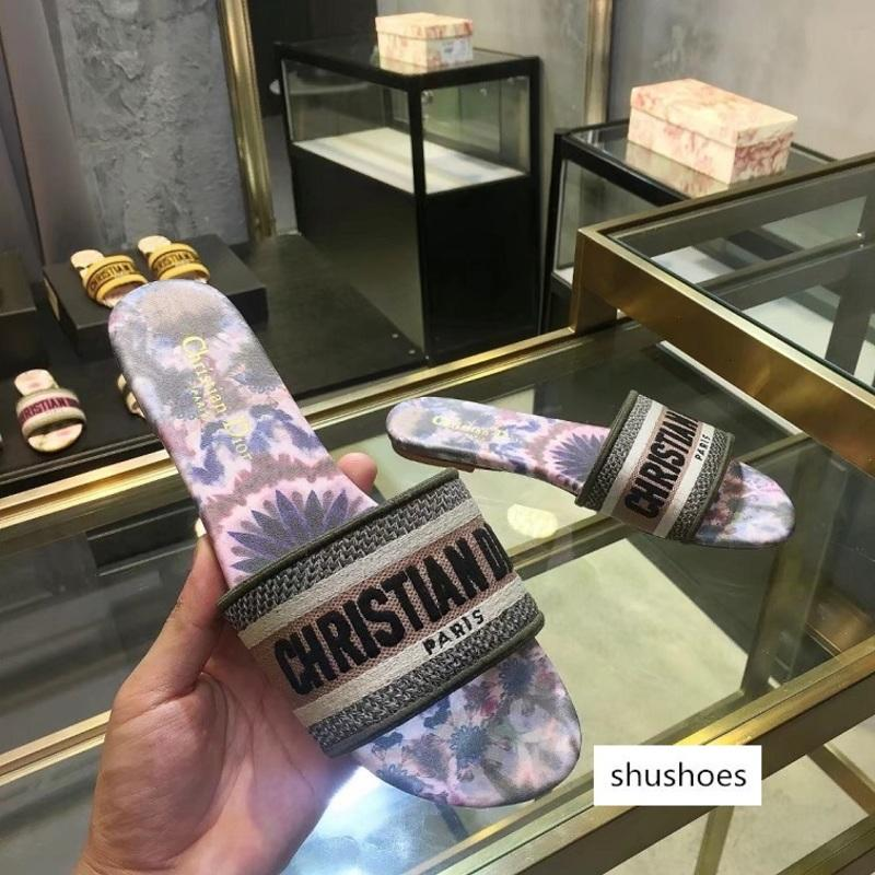 Moda Chinelos Chinelos Sandálias Atacado Mulheres Mule 2020 New bordado Cotton Mule das mulheres com Box 36-42