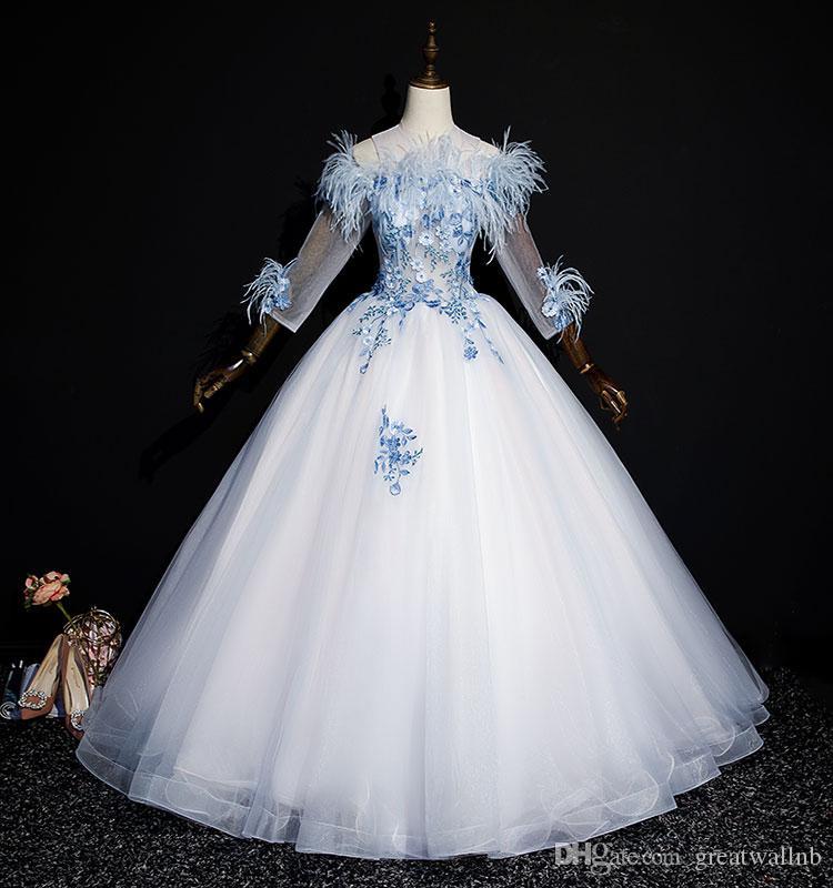hellblauer Slash Kragen Feder Blumenstickerei langes Kleid mittelalterliches Kleid Renaissance Kleid Sissi Prinzessin Victorian / Marie Belle Ball