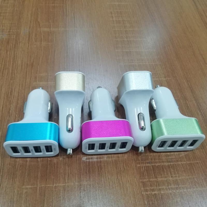 2019 Yeni 4 USB Bağlantı Noktası Yüksek Hızlı Araç Şarj Hızlı Hızlı Ev Seyahat Şarj IPhone Samsung 5 Renkler Şarj Şarj