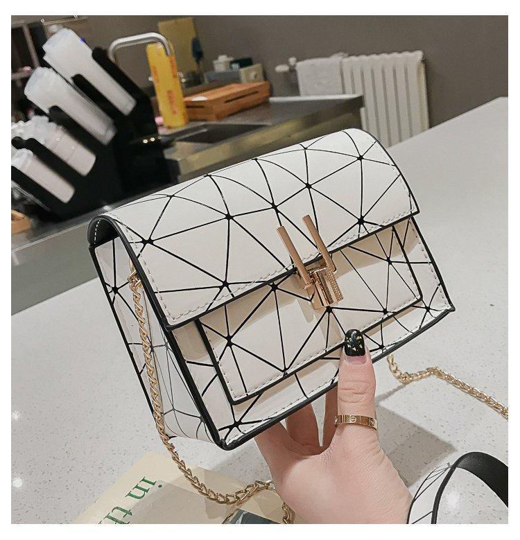 British Fashion simples do quadrado pequeno saco mulheres bolsa 2020 de alta qualidade PU de couro cadeia de Bolsas de ombro Celular