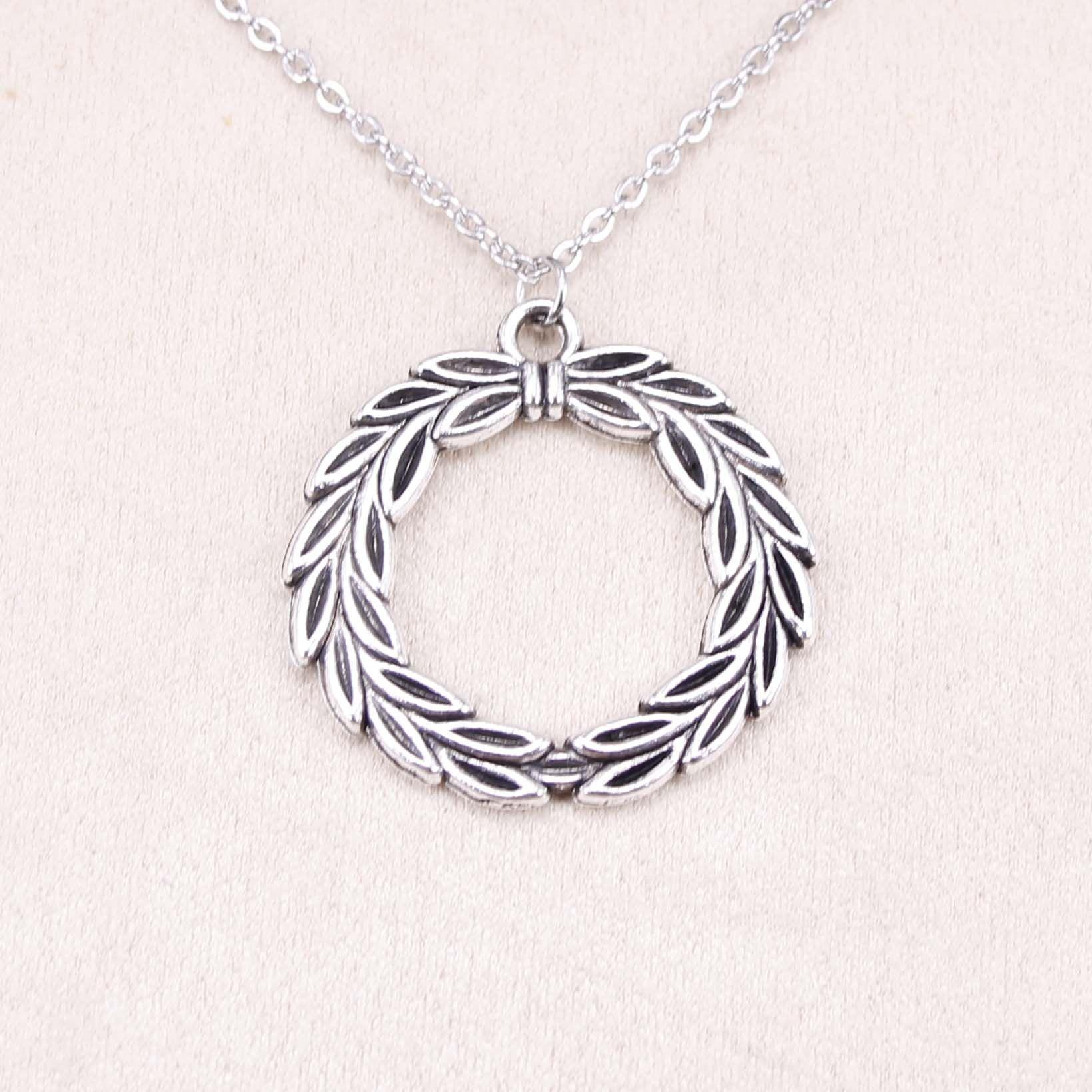 New Fashion Tibetan Silver Pendant olive branch laurel wreath 34mm Choker Charm Short Long DIY Necklace Factory Price Handmade Jewelry
