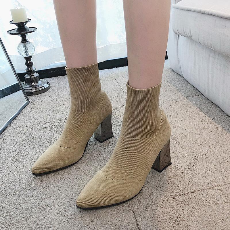 Heel Hot venda- Mulheres Voar Weaving Sock Botas Praça Sólidos Moda Mulheres Ankle Boots 7,5 cm salto alto estiramento Senhora Calçado