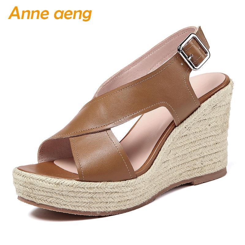 2020 nuevas del verano mujeres del cuero genuino sandalias de tacón de cuña de la hebilla de las señoras atractivas de las mujeres zapatos de color marrón tacones altos de las sandalias