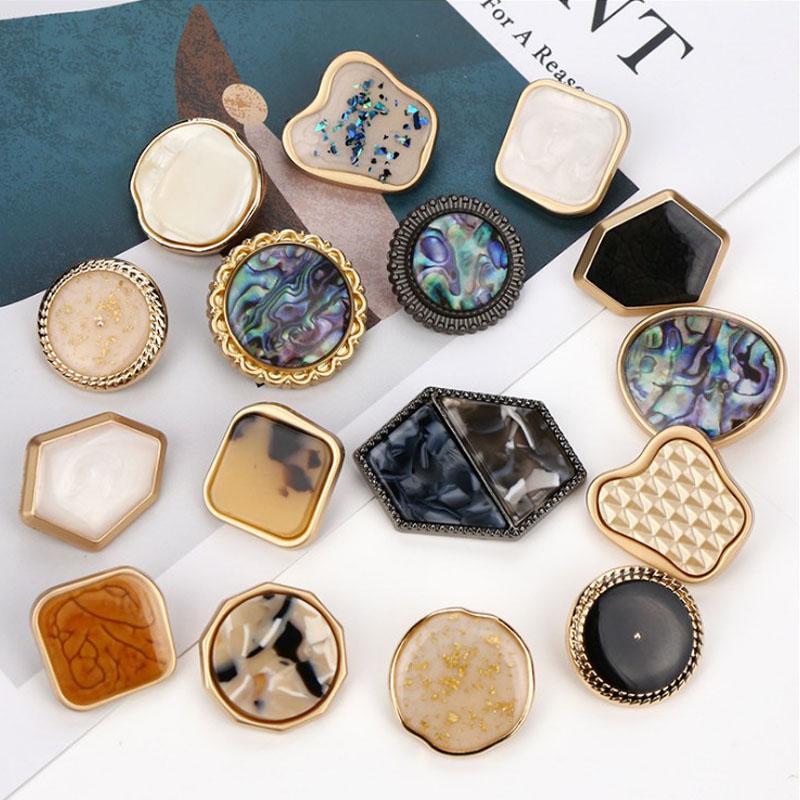 50 piezas de 25 mm de metal punto irregular botones de aceite de la costura doble capa botón cosido pie alto fragante parte pequeña de metal de alta calidad Maoni