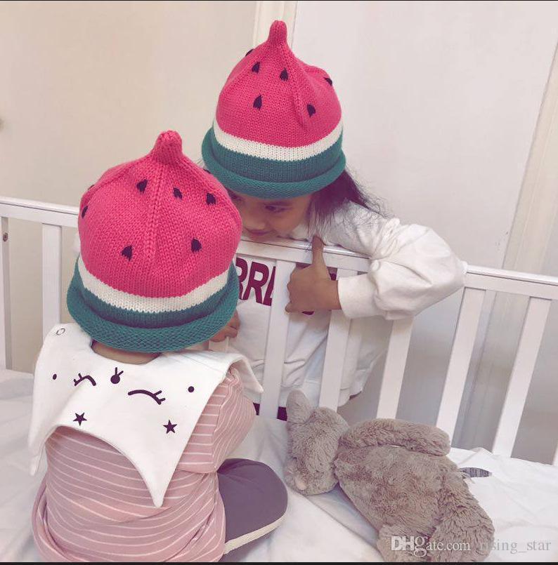2018 sombreros de invierno del ganchillo del casquillo de los niños Conjunto sombrero de la cabeza de la sandía gorra de mantener el calor de punto de tapa 20 p
