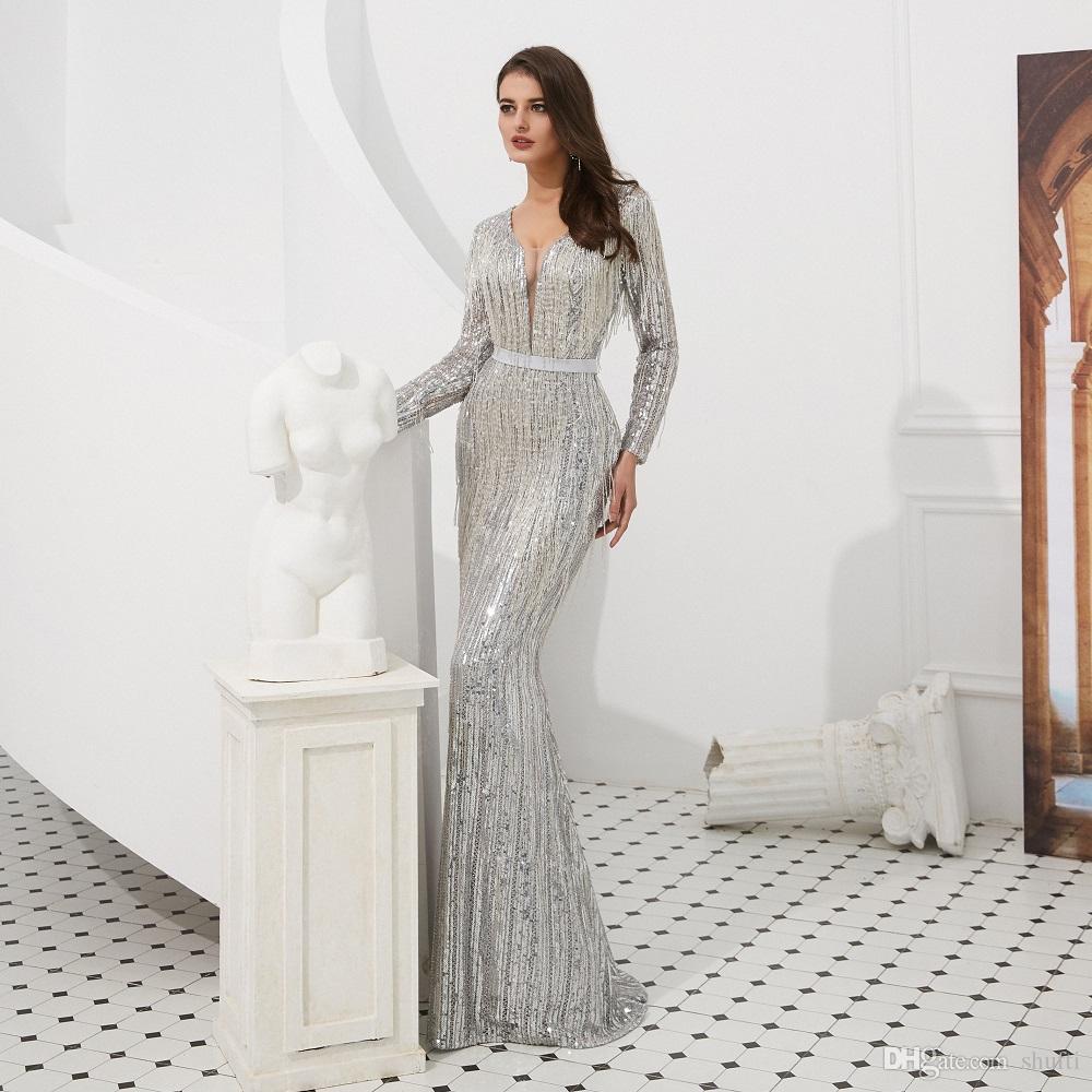Großhandel Luxus Splitter Grau Tiefem V Ausschnitt Sexy Langarm Pailletten  Fischschwanz Abendkleider 16 Perlen Fransen Open Back Sweep Lange