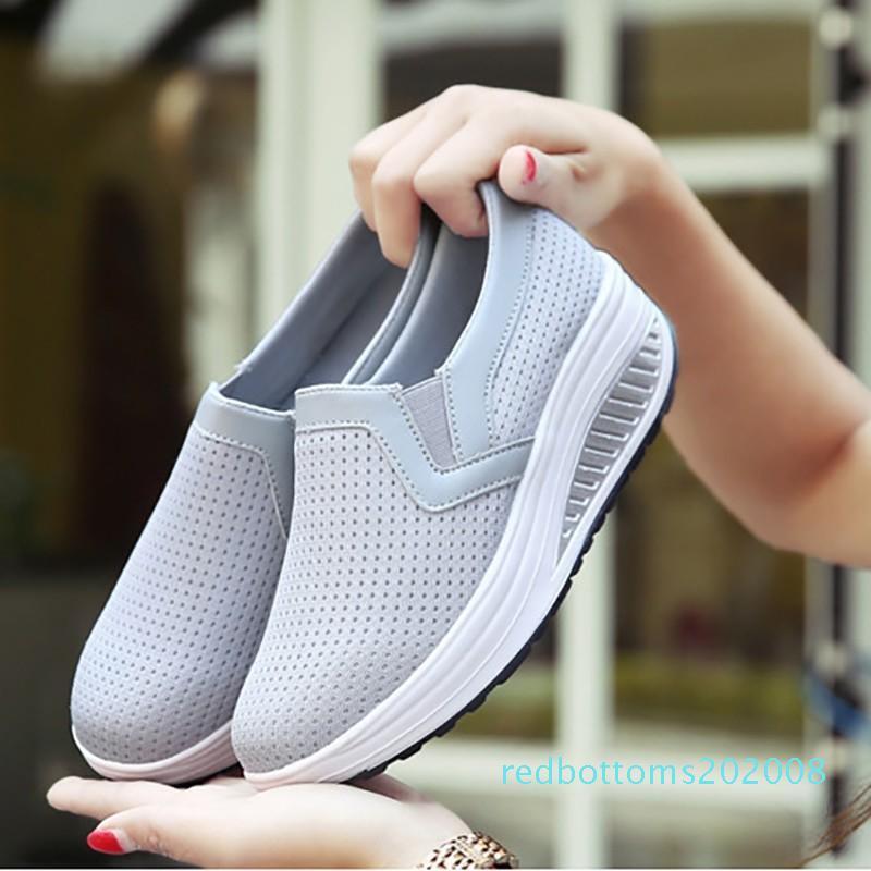 Malha respirável sapatos baixos Mulheres Plataforma Moda Altura Shoes Aumentar Loafers Slip On Shallow balanço Casual Sneakers d01 r08