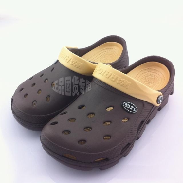 Encantador Novo 2017 Sandálias Homens Hole Chinelos Par Sandálias Mulas E Tamancos Sapatos de Jardim Para Homens Respirável Sapatos de Praia