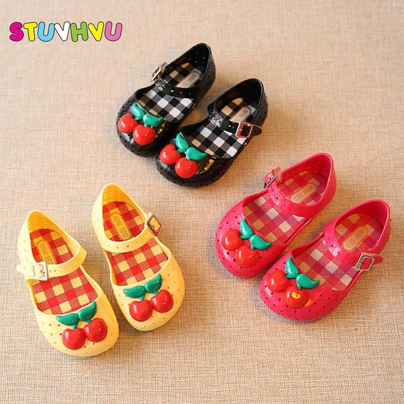 2-4 años muchachas de los cabritos de la jalea de cereza satén suave Suela de PVC sandalias de los niños zapatos impermeable y transpirable Resbalón-prueba de la plantilla 14 a 16,5 Cm