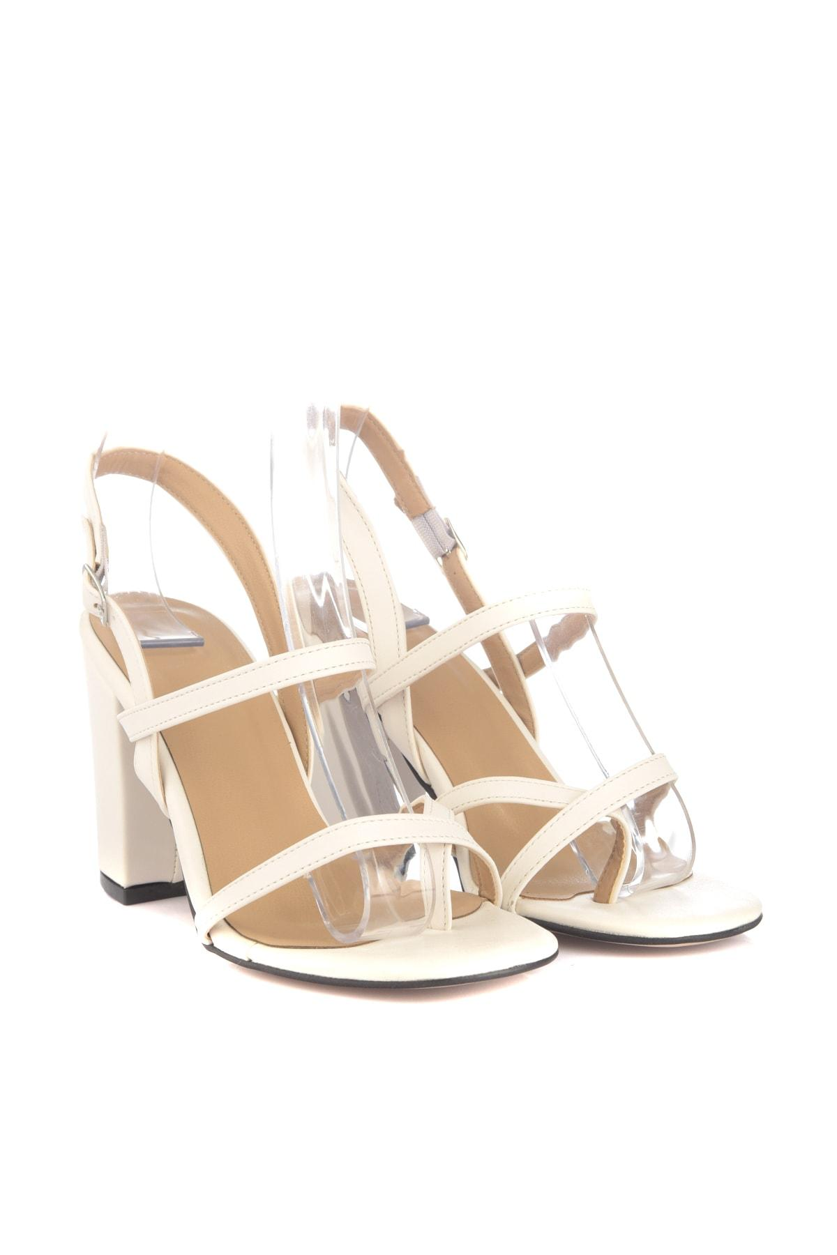 Trendyol Mulheres clássico Heels Shoes TAKSS20TO0406