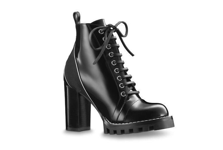 Hot-diseñador de la venta rastro de la estrella bota del tobillo de tacón alto talón calza botas botines botas con parches atan para arriba del tacón alto
