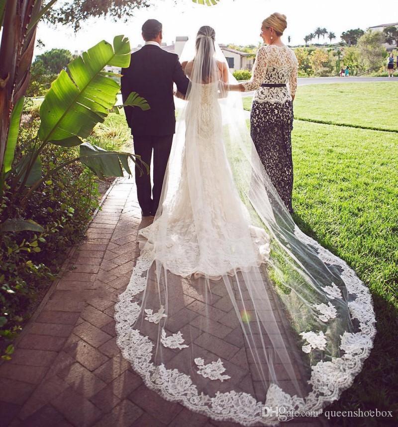 Elegante 3m Dos capas Velas de novia con encaje Applique Borde Larga Capilla Veils Tulle Custom Hold Fabric Beapal Veil con peine
