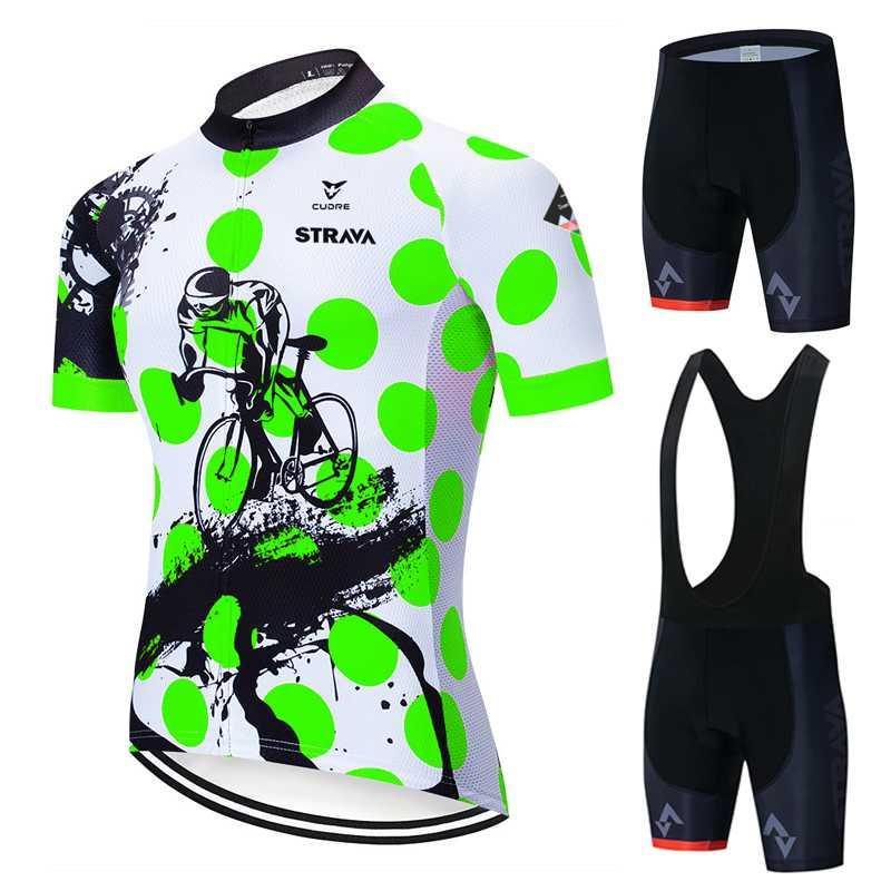 2020 New Strava Maillot cyclisme Set Respirant Racing Team Sport Vélo Maillot Hommes Cyclisme Vêtements Vélo vert clair