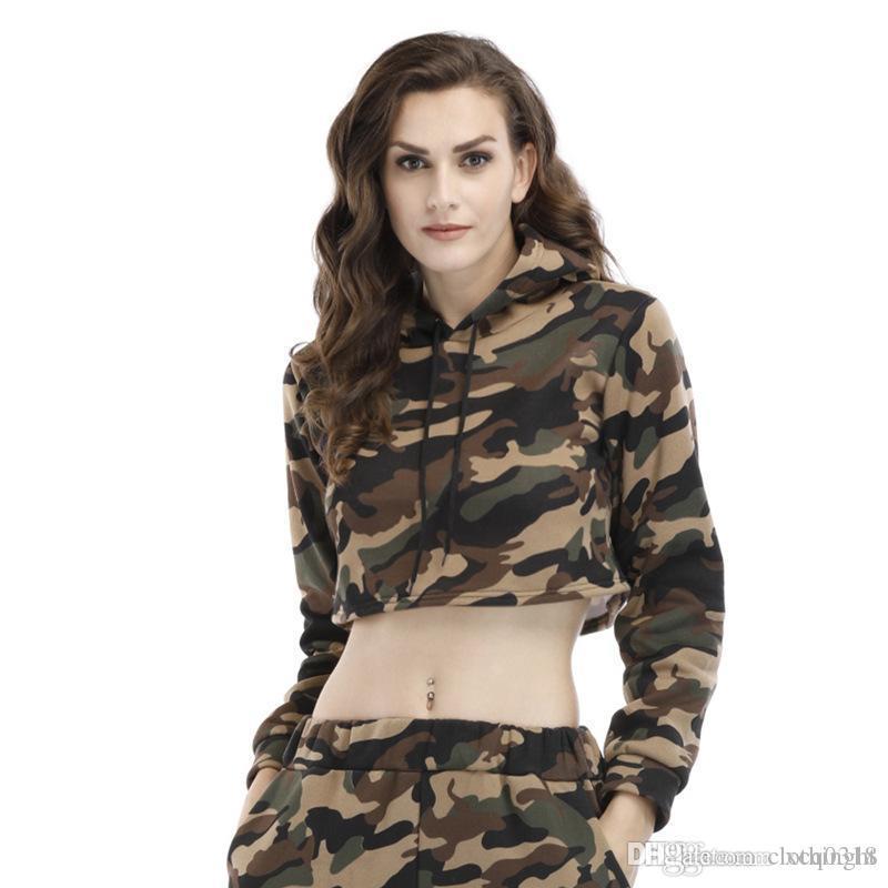 Hot 2018 jaqueta de outono e inverno das mulheres além de veludo camisola com capuz cordão exposta casaco curto camuflagem top de mangas compridas umbigo