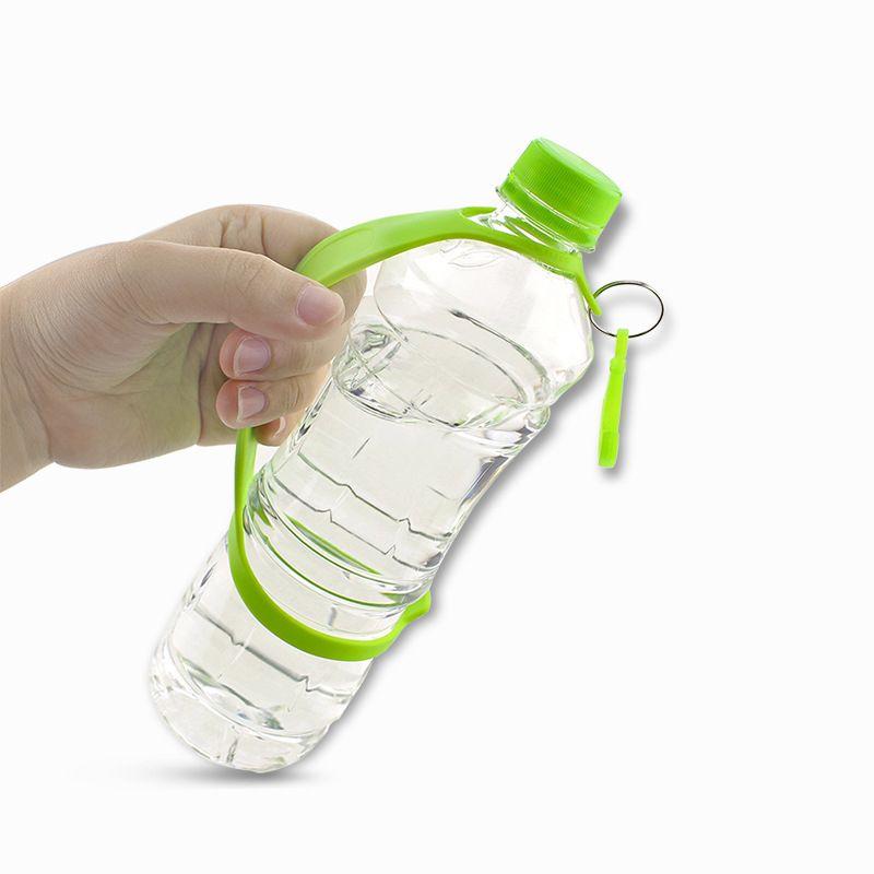 Grip de silicona Botella Carrier para el funcionamiento de correa que camina de silicona suave Deportes al aire libre de la manija de agarre que bebe de la botella titular 24.9cm colores multi
