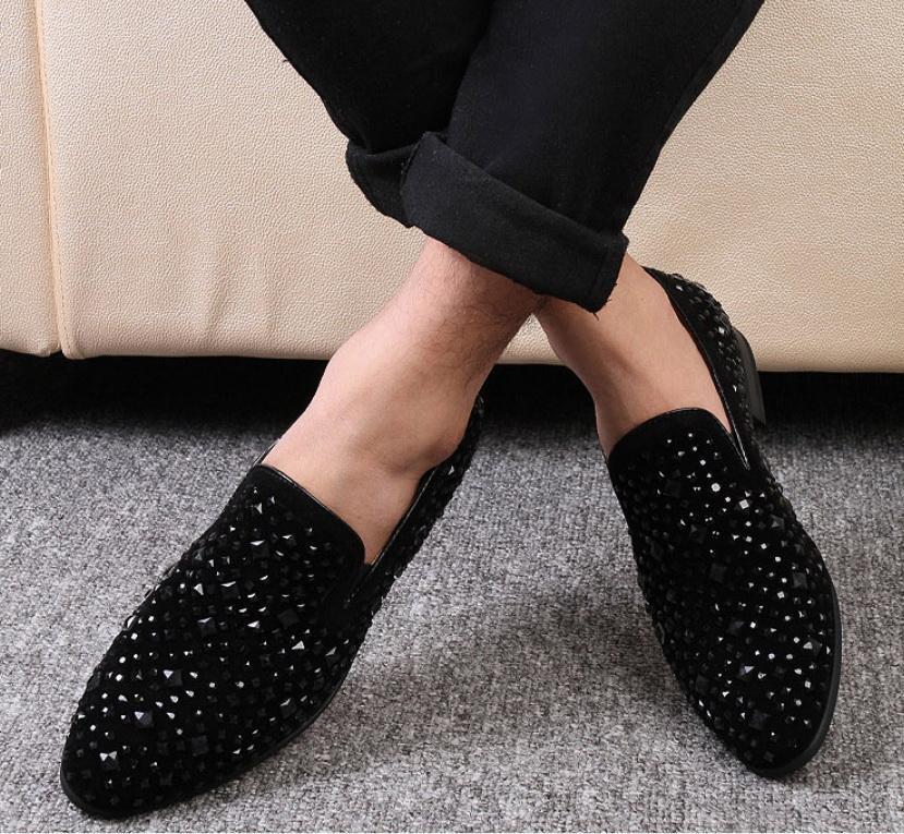 Vente chaude-Black Spikes Nouveaux Hommes Mocassins Chaussures Denim Et Paillettes En Métal De Haute Qualité Casual Hommes Chaussures