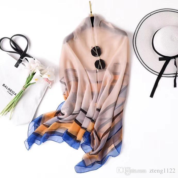 In 2019, the new silk scarf with large satin headscarf with fashion pattern and neck scarf for women with fashion luxury will be 190*135cm