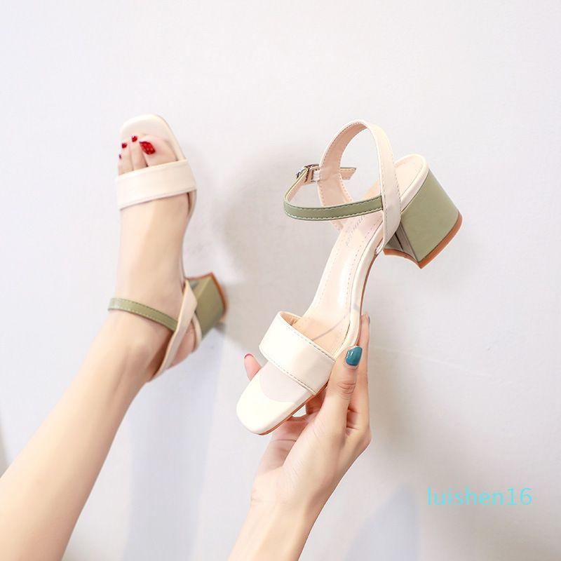 Salto Bloco sapatos de tamanho grande conforto para Mulheres Sandals Luxo 2020 Verão da bracelete Terno Feminino Bege All-Match Med Chunky L16