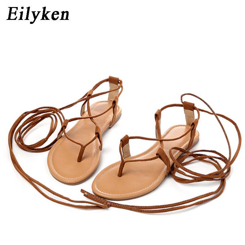 orteil clip pompon de sandales femmes sexy chaussures plates vacances 2020 été dentelle vent fée des chaussures romaines étaient minces