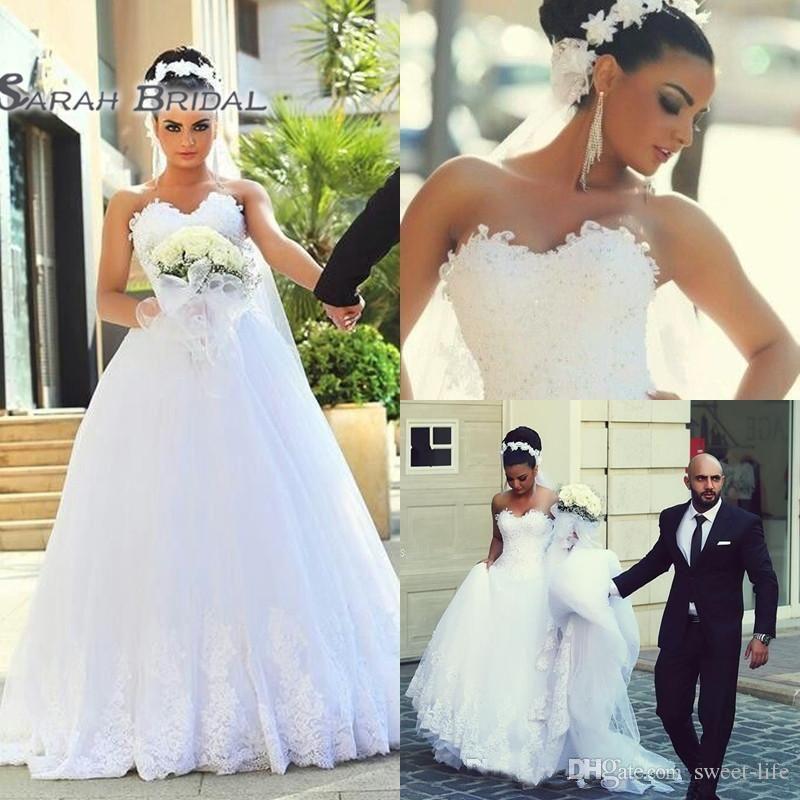 Une ligne Blanc Sexy Sweetheart Dentelle Robes de mariée 2020 sans manches Sexy Robes de mariée Robes de Mariée
