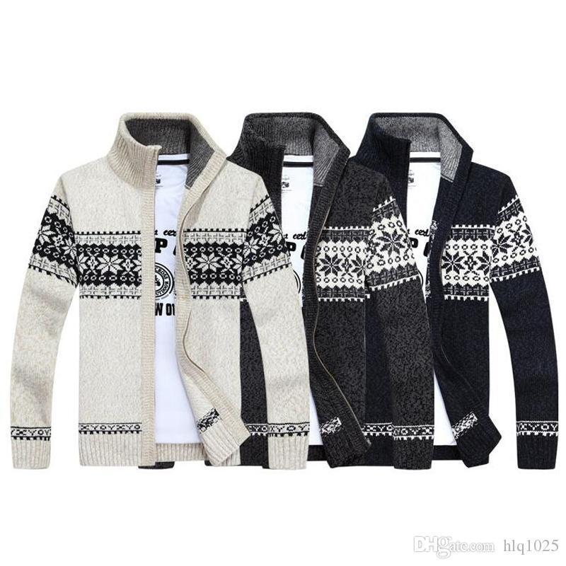 2020 Christmas Sweater Winter Fashion Pullover Snowflake Pattern Men s Leisure Cardigan Fashion Collar Male Thickening Wool Jacket From Yangbin004,