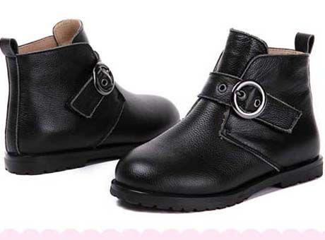 Top Calidad 2019 Mujer Marca botas de cuero real de la mejor calidad zapatos planos acentuados arranque de moda de la bota del tobillo botas de Martin con la caja U63