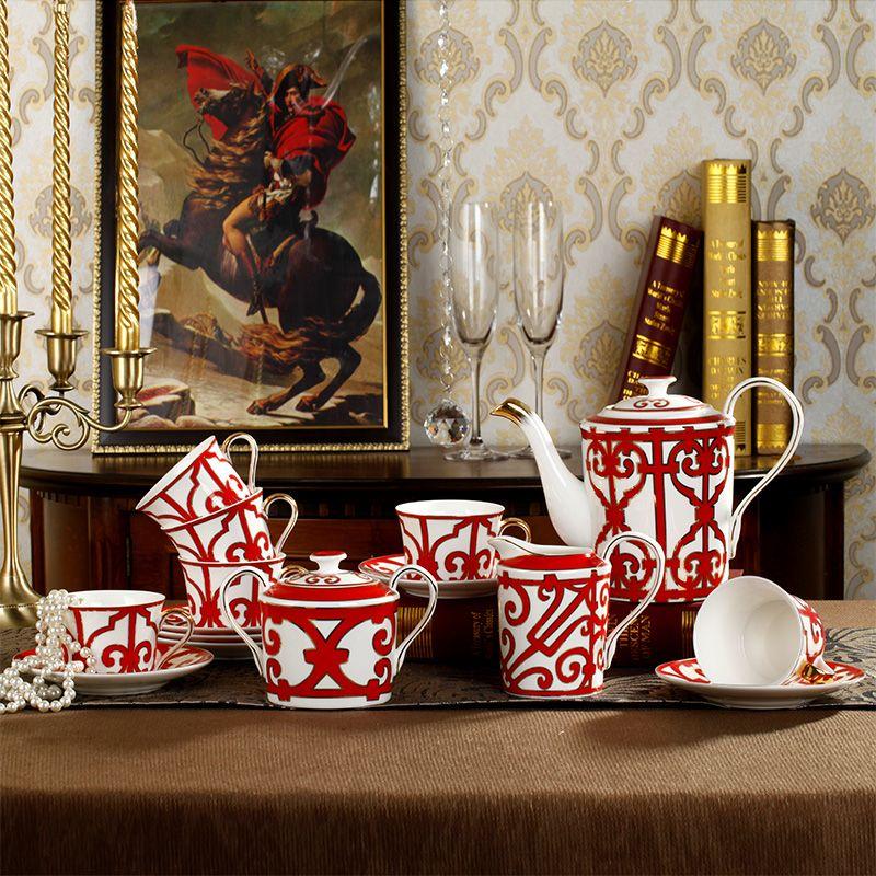 Classic China Red set da caffè in ceramica Bone tazze di porcellana di caffè e piattini in porcellana insieme di tè tazze piattini contenitore zucchero del latte Pot Set regalo