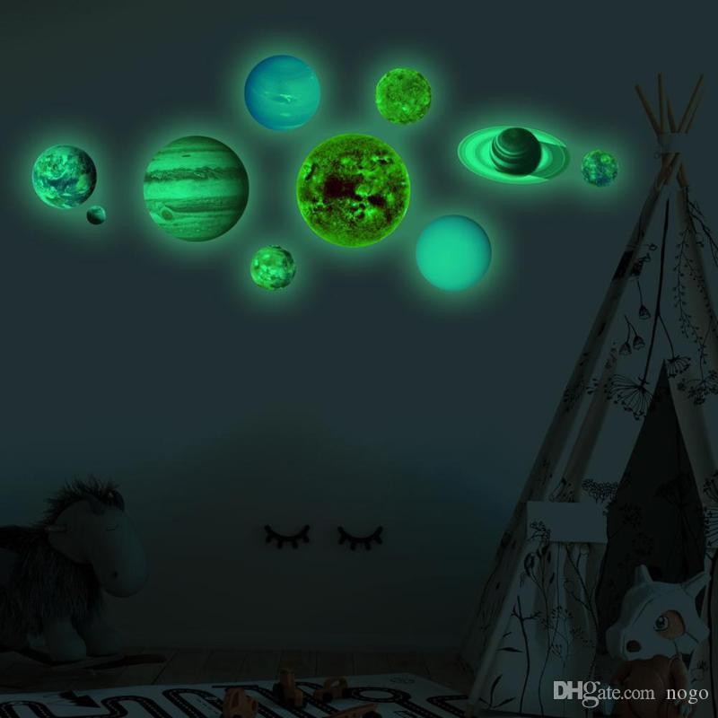 10 pçs / set 10 Planeta Sistema Solar Parede Fluorescente Vara Brilha No Escuro Adesivos de Parede para Quarto de Crianças Quarto Luminosa Decoração Da Sua Casa