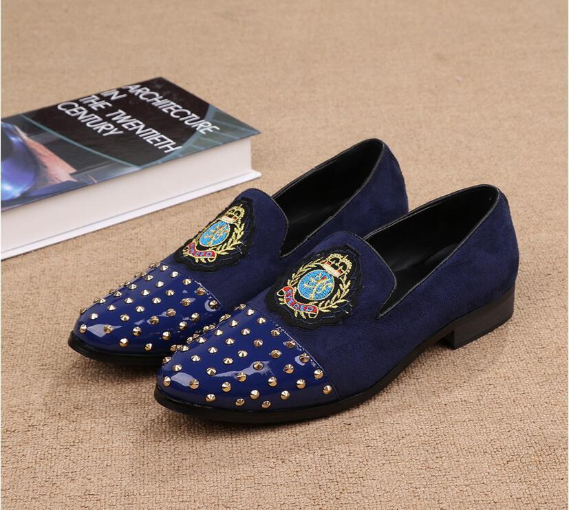 Men's embroidery Wedding Party Shoes Fashion Spikes Man Loafers Rivets Glitter Casual Driving Shoes Mens Flats Black Gold 38-46