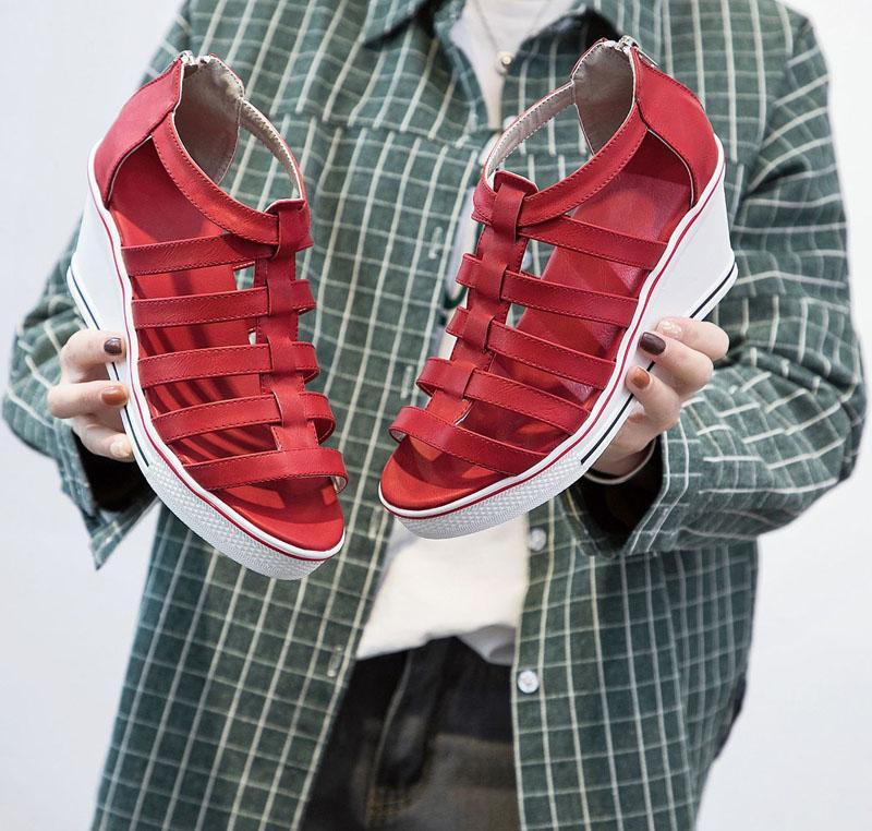 Hot vendita sandali-zeppa femminili nuovi 8 cm fondo alti sandali femminili di spessore con le scarpe romano .SP-031