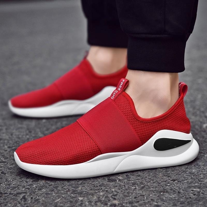 Más el tamaño de los zapatos corrientes para los hombres acoplamiento suave deslizamiento en los zapatos al aire libre Atletismo Deporte Ultraligero hombre Moda Casual zapatillas Negro Rojo
