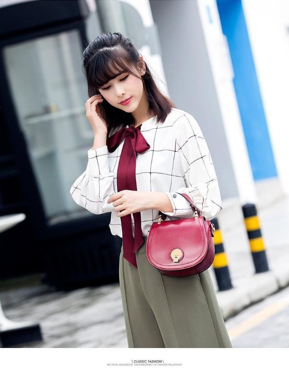 Mode Simple épaule Sac Messenger 2020 Nouveau Sac Piggy Portable femmes Tempérament Mme Petit