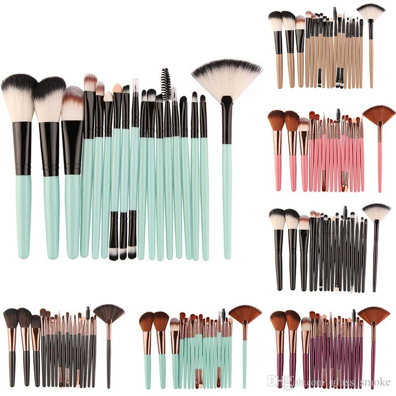 MAANGE Makeup Brushes Set 18pcs Cheap Price Professional Make Up Brush Kit Cosmetic Foundation Concealer Blush Brushes Tools with Opp Bag