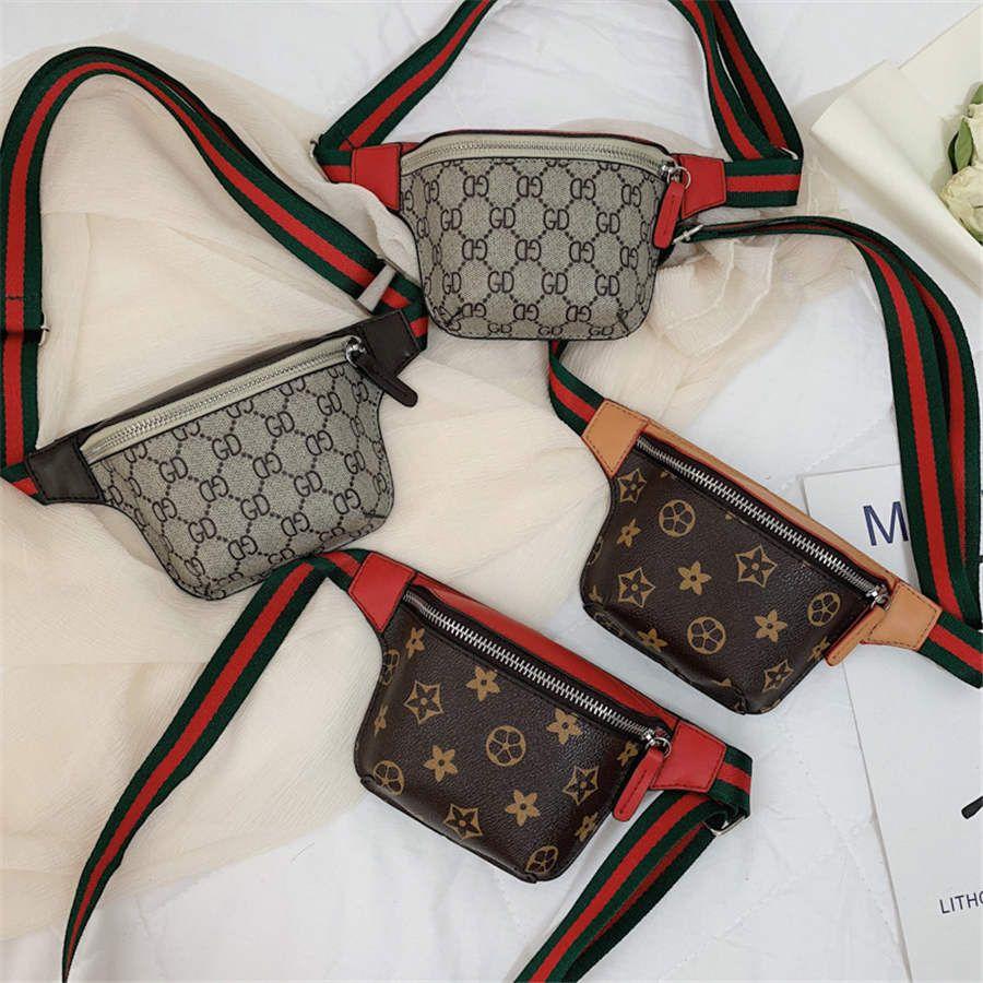 حقيبة صغيرة جديدة للأطفال 2019 النسخة الكورية من جيوب البرية الأزياء حقيبة الكتف رسول حقيبة مصمم الصيف الطفل حقيبة الصدر