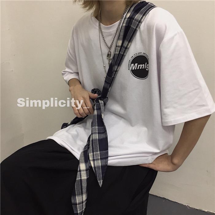 Verão Versão coreana de Casais INS Harajuku estilo de rua letras impressas blusa larga-Fit-Estilo preto de manga curta T-shirt homens e mulheres