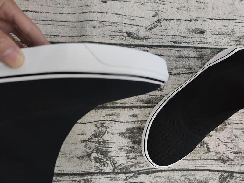 scarpe da ginnastica di marca di lusso a buon mercato strisce nere di moda fondo piatto calze spesse stivali scarpe casual L01