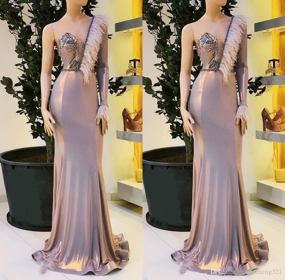 Pena frisada Sereia vestidos de noite 2020 Formal Wear Vestido de um ombro manga comprida Vestidos Abendkleider robe de soiree