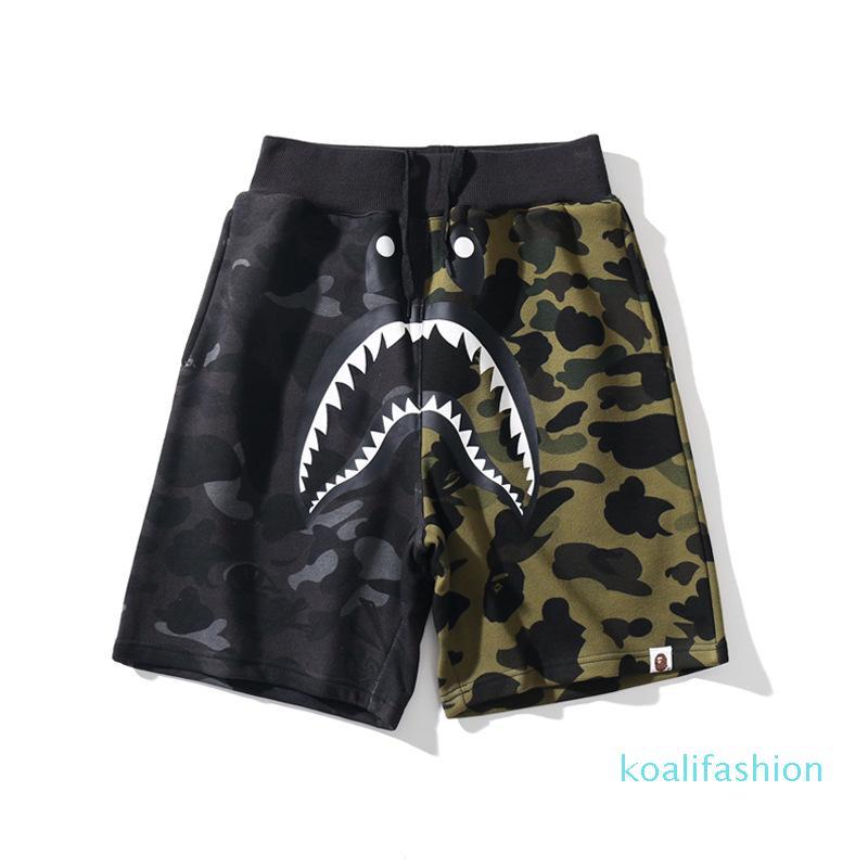 2020 Designer Short Pants Luxury Fashion Mens Black Green Color Matching Shorts Shark Print Casual Beach Pants