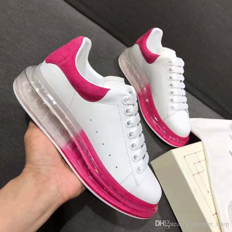 2020 New Season Designer de luxo sapatos casuais mens Limpar Sole Trainers Vermelho Rosa Amarelo Cristal Transparente inferior Flats Homens Mulheres Tênis