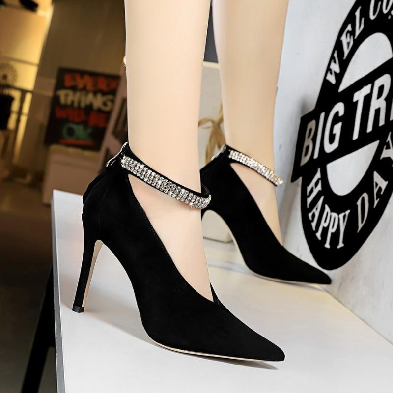 Frauen pumpt elegante spitze Zehe dünne hohe Absätze Büro Damen Schuhe Frau Suede Schuhe V Wort Mund CRYSTAL Band Shallow Schnalle