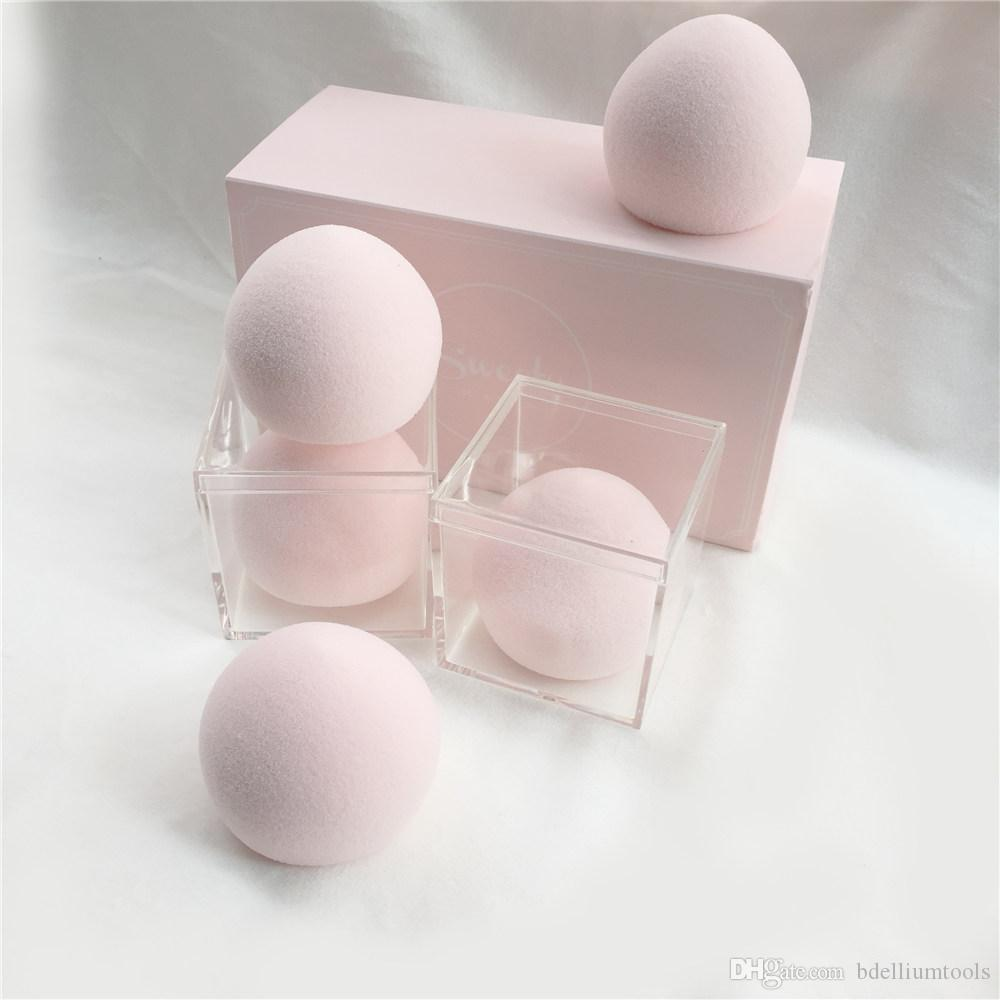 Nuevo Sweety Bun-Shaped Maquillaje en forma de esponja Blender - Ultra suave Floppy Spongy Blender para Base en Polvos Crema Líquidos Blender