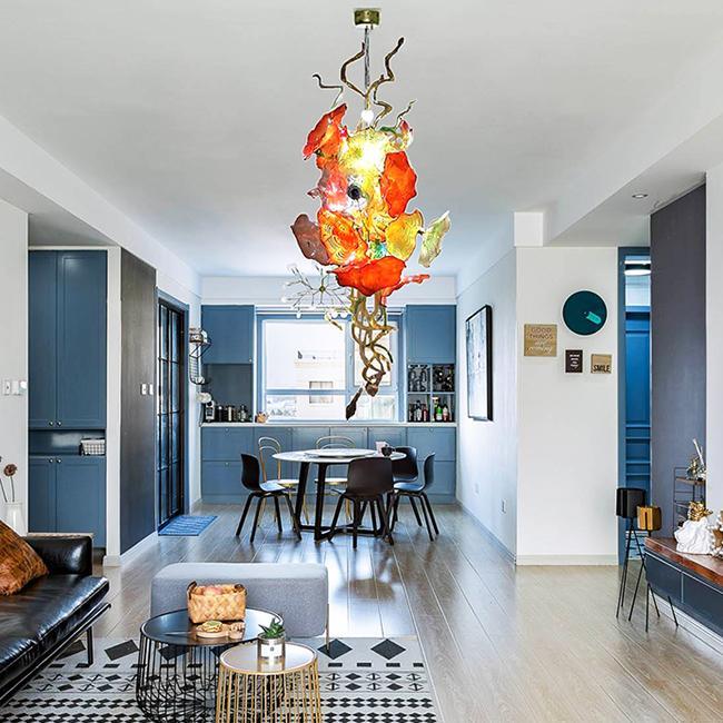 Nordic Art Murano Glas-Kronleuchter mit Blumen Große Kunst-Glas Beleuchtung Platten LED-Lichtquelle Traditionelle Leuchter-Leuchte