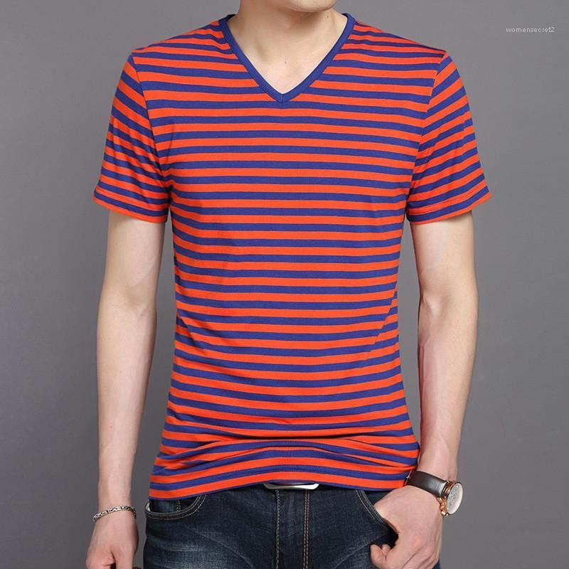 V Yaka Kısa Kollu İnce Erkek Casual Renkli Erkek Tees Çizgili Tasarımcı Erkek tişörtleri Yaz Tops